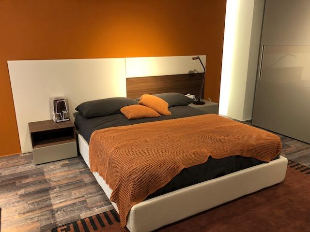 Camera Da Letto Con Boiserie : Letto pianca u20ac 1900 00 strippoli mobili corato home design